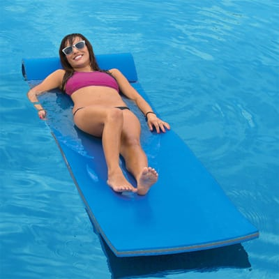 11. California Sun Deluxe Pool Float