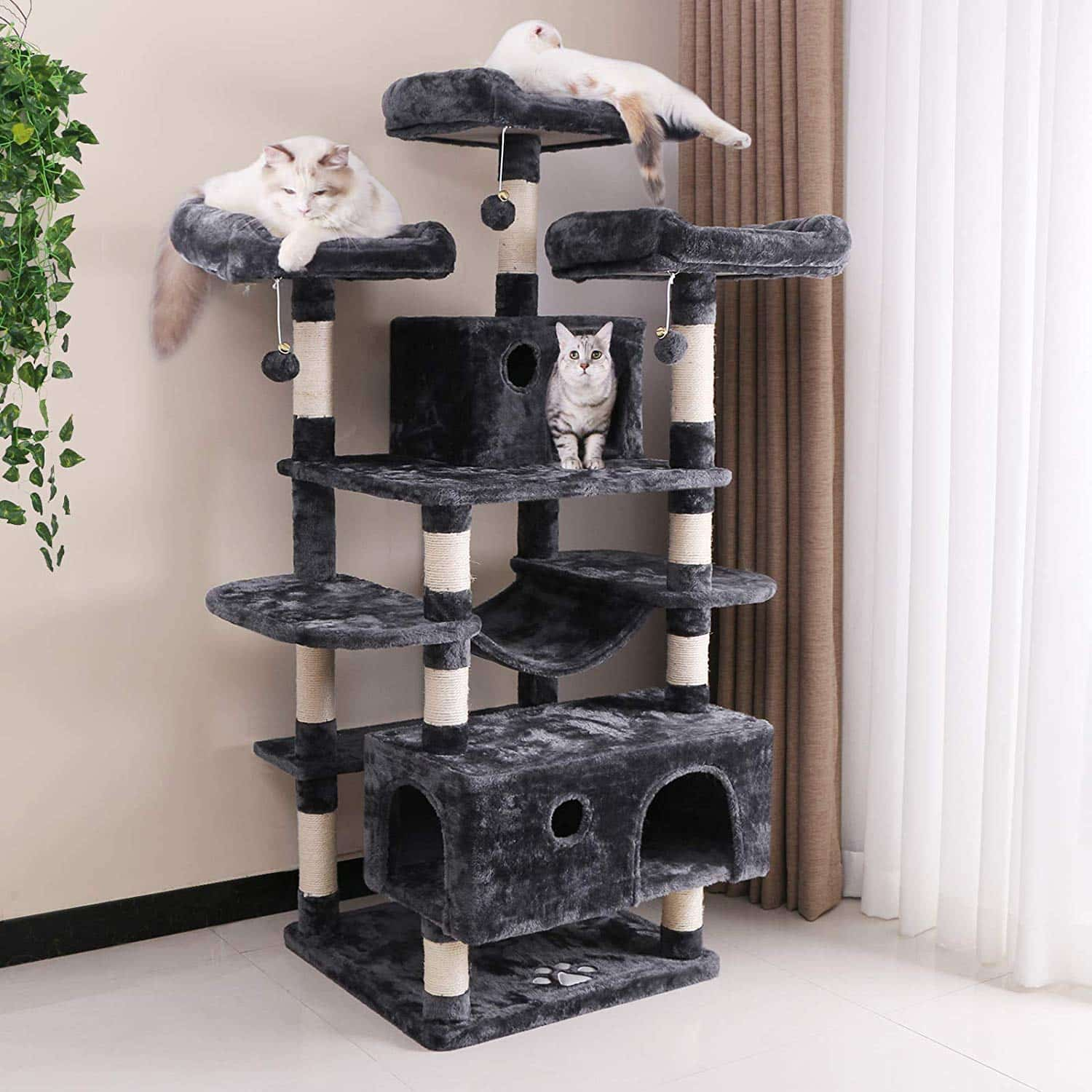 12. BEWISHOME Large Cat Tree Condo