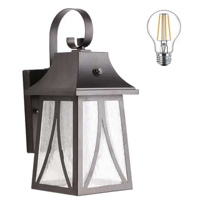 10. Cloudy Bay Outdoor Wall Lantern